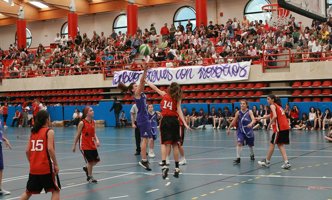 El Ayuntamiento convoca las ayudas a entidades deportivas y premia económicamente a clubes y deportistas por su esfuerzo y el fomento del deporte inclusivo