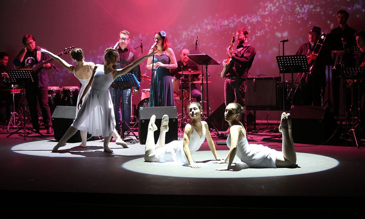 Las Escuelas Municipales de Música, Danza y Teatro celebran conjuntamente su Festival de Navidad