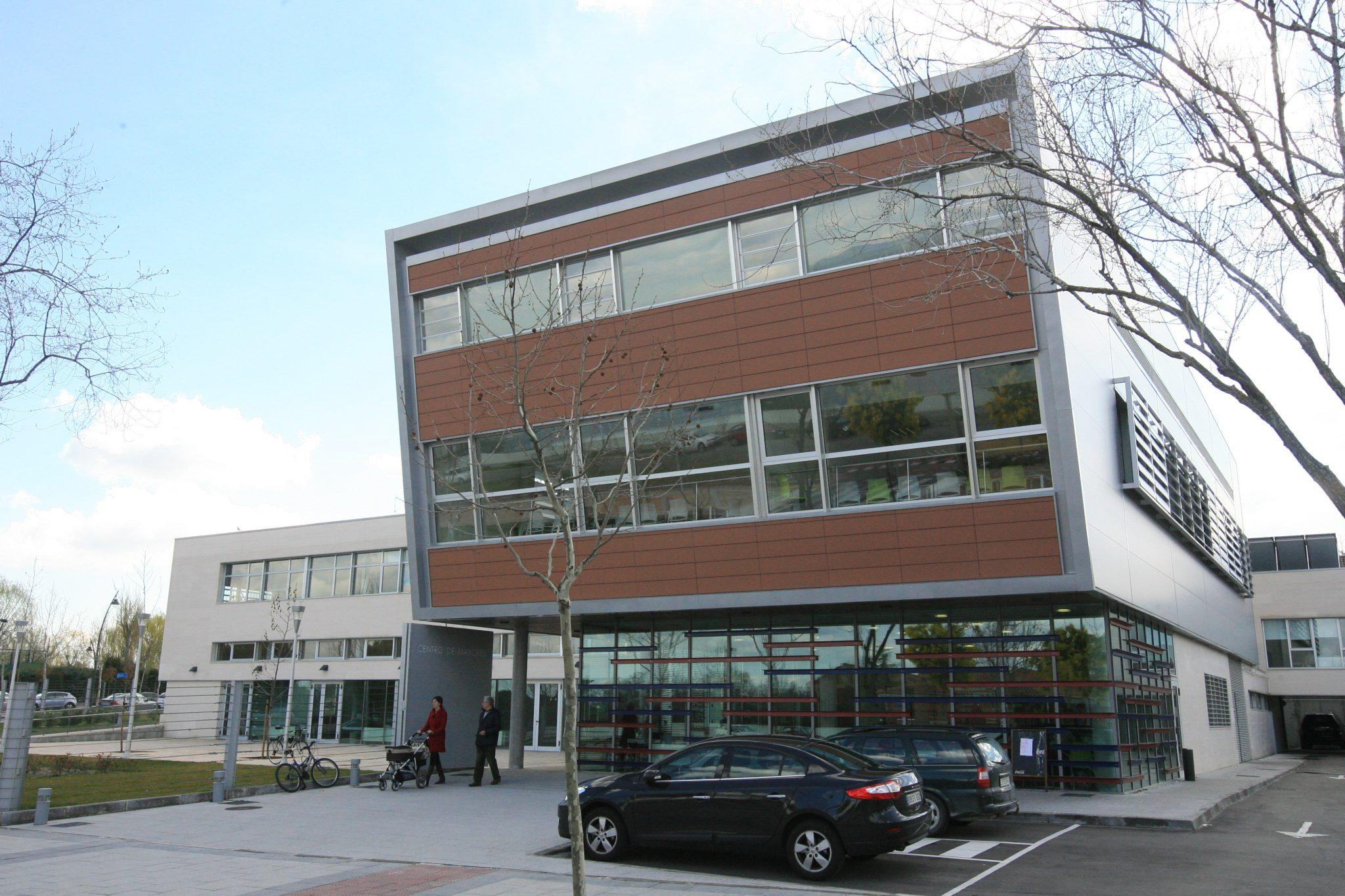 El Ayuntamiento continúa renovando su red WiFi, modernizando las conexiones de acceso público en los edificios municipales