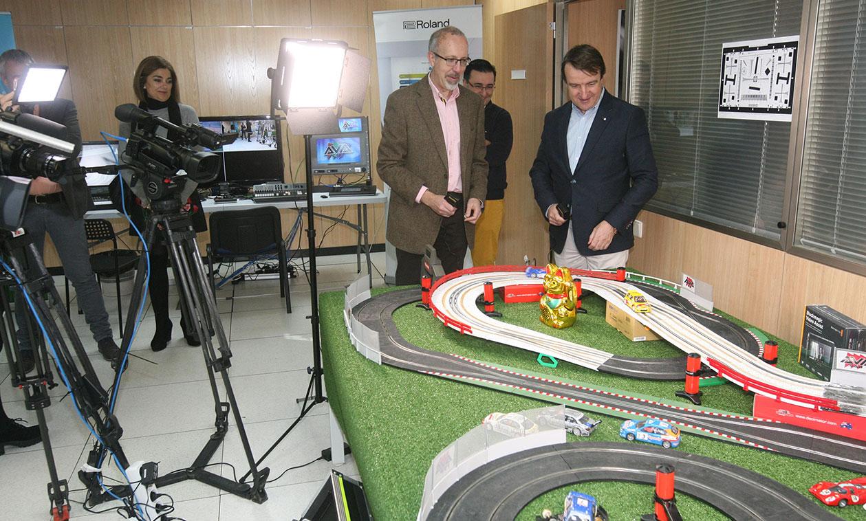 El Alcalde visita tres empresas innovadoras dedicadas al desarrollo de servicios informáticos y audiovisuales