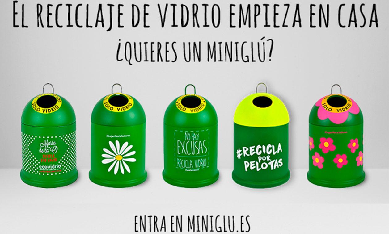 Ecovidrio imparte un taller para enseñar a los tricantinos cómo se recicla el vidrio correctamente