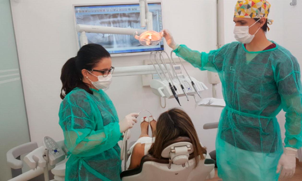COED | Implantes dentales mediante fresado biológico