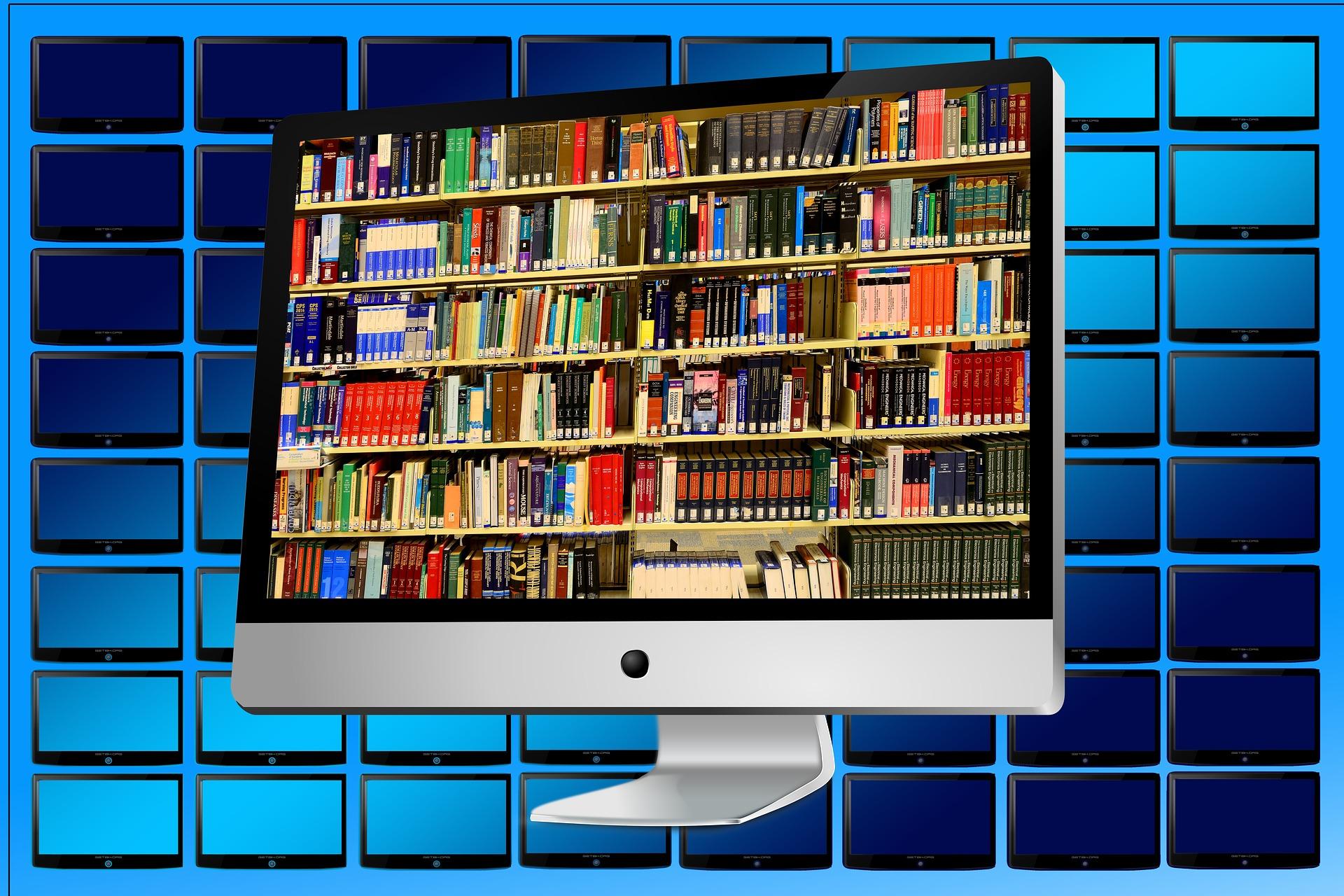 Estudiantes de King's College, Colegio San Patricio y Colegio Mirabal de Madrid, continúan hoy su vida escolar de manera online