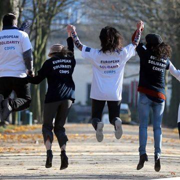 El programa 'Cuerpo Europeo de Solidaridad' pretende responder a los desafíos sociales y humanitarios